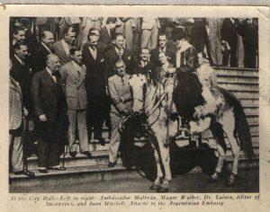 Recibidos por el alcalde de Nueva York, Mr. Walker, el embajador argentino M. Malbrán y otras personalidades