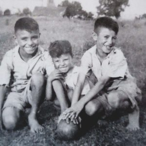 1952. Chicho, Cacho y Pocho. Aguilares, Tucumán.