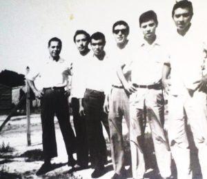 Hnos Diaz en Solano: Salvador, Lucho, Chicho, Pocho, Cacho y Tito.